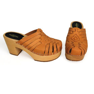 Swedish Hasbeens Woven Tan Leather Clogs Unworn